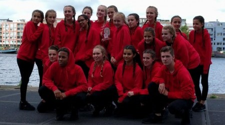 Dansteam Savage wint Olympic Moves 'The school Final'