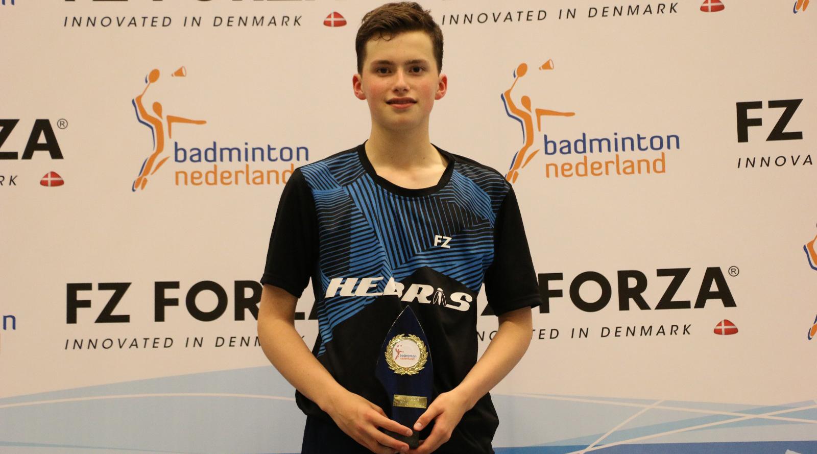 Badmintonner Finn Lavalette is Nederlands KampioenHeren Dubbel.