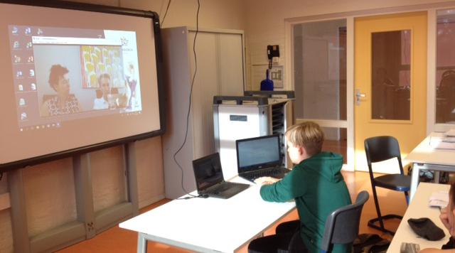 Leerlingen Jenaplan schrijven verslag over hun projectweek.