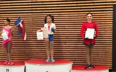 Kunstschaatster Roos van de Pas wordt 3e in Estland